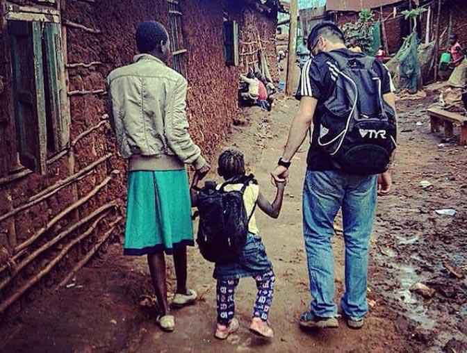 IVHQ volunteer Robert in Kenya